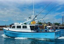 Hot_Tuna_Fishing_Boat