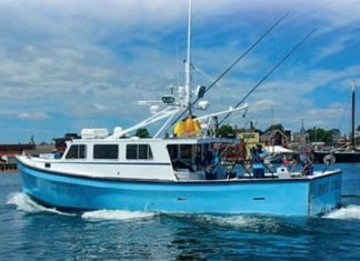 Hot_Tuna_Fishing_Boat