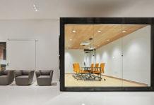 designlab-gallery-entrance-conderence-room