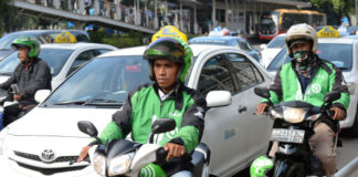 Go-Jek Chief Executive Officer Nadiem Makariem Portraits And Operations In Jakarta